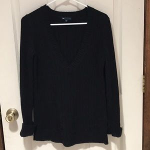 Gap Black V neck Sweater sz M